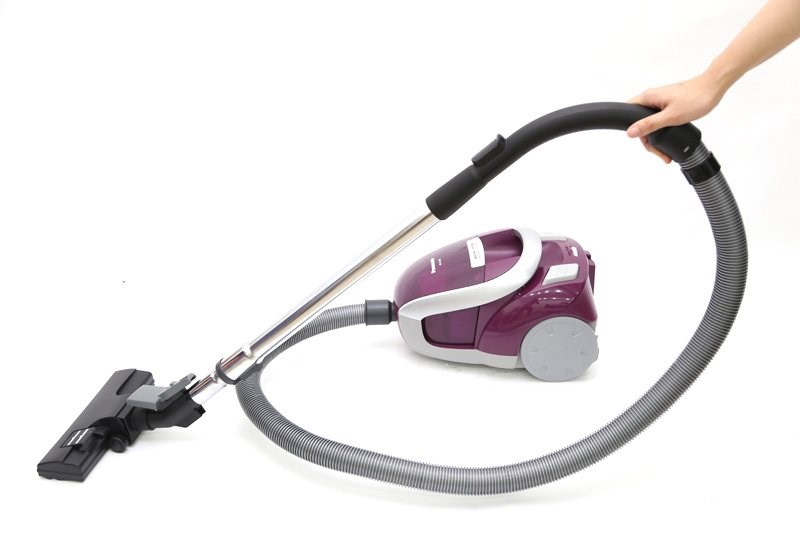 panasonic 220 volt bagless vacuum cleaner 220v for europe asia africa - Panasonic Canister Vacuum